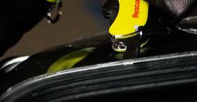 Victorinox Rescue Tool - gelb nachleuchtend inkl. Gürteltasche_small10
