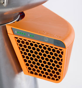 BioLite BaseCamp & Flex Light Grillen und Strom erzeugen_small03
